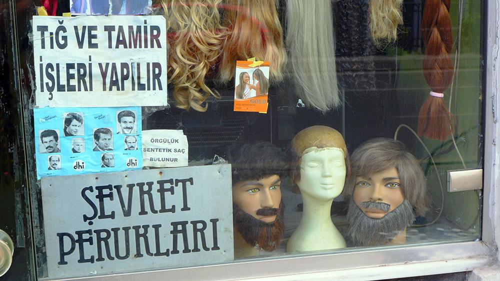 JO_BRUNNER_ISTANBUL_AP_010