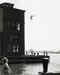 © Estate of Ruth Orkin.