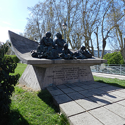 In remembrance of France's crimes during WWII in the Vel D'Hiv Roundup