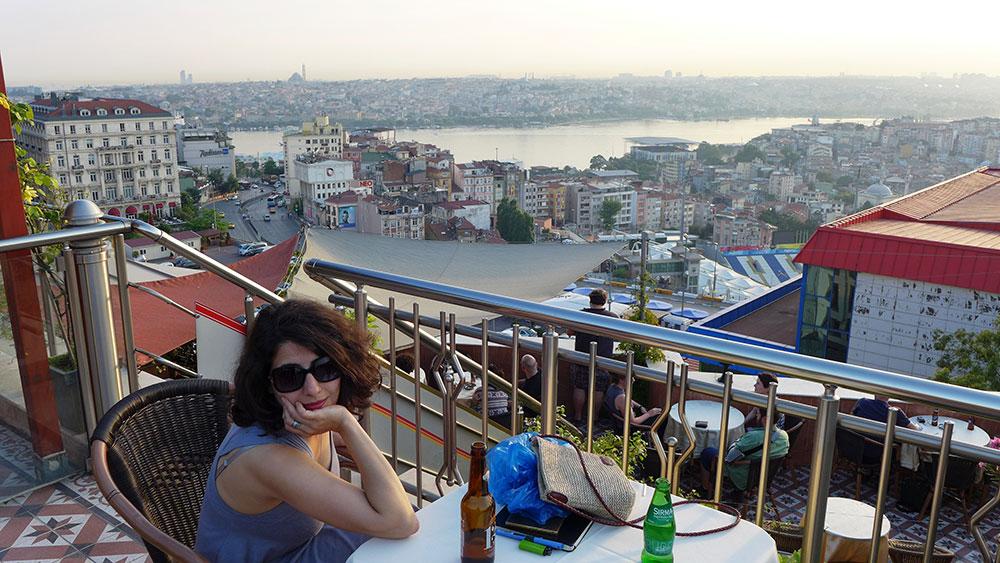 JO_BRUNNER_ISTANBUL_AP_006