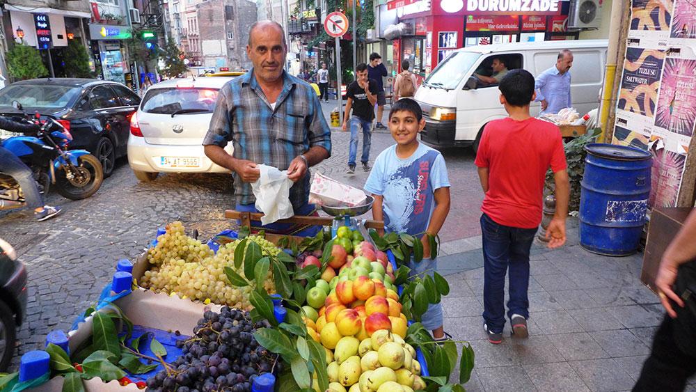 JO_BRUNNER_ISTANBUL_AP_012
